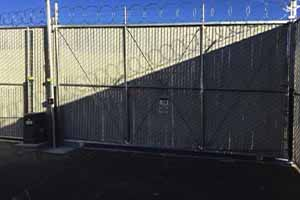 Slide & Swing Chain Link Gate Thumbnail #5
